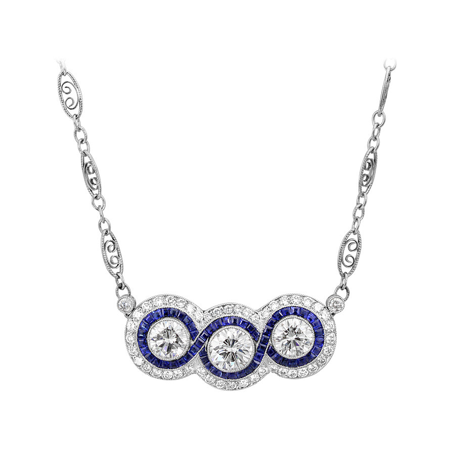 4.80 cts Luxurious Diamond and Sapphire Pendant Necklace Mounted in Platinum