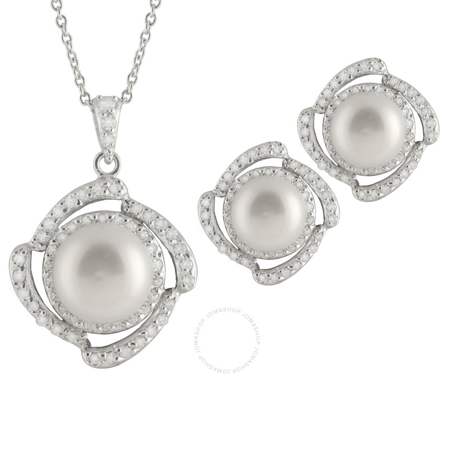 Bella Pearl White Freshwater Pearl Earrings and Necklace Set
