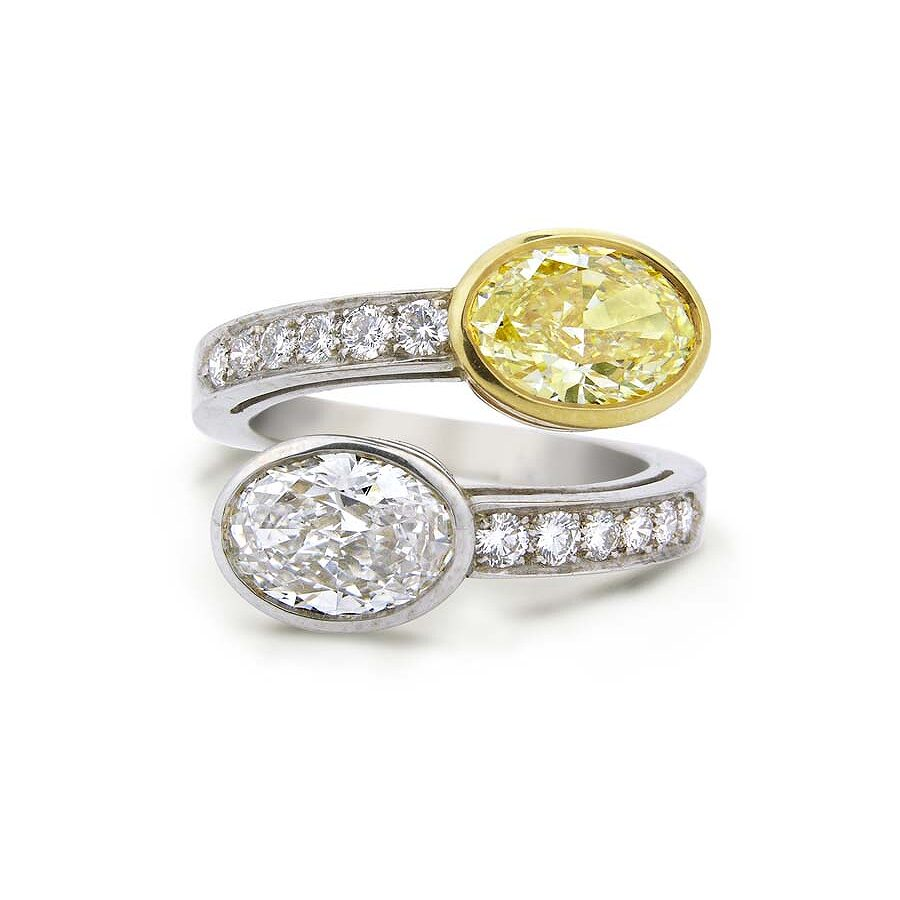 Classy Bypass Beautiful White and Yellow Diamond Ring 3.41 CT