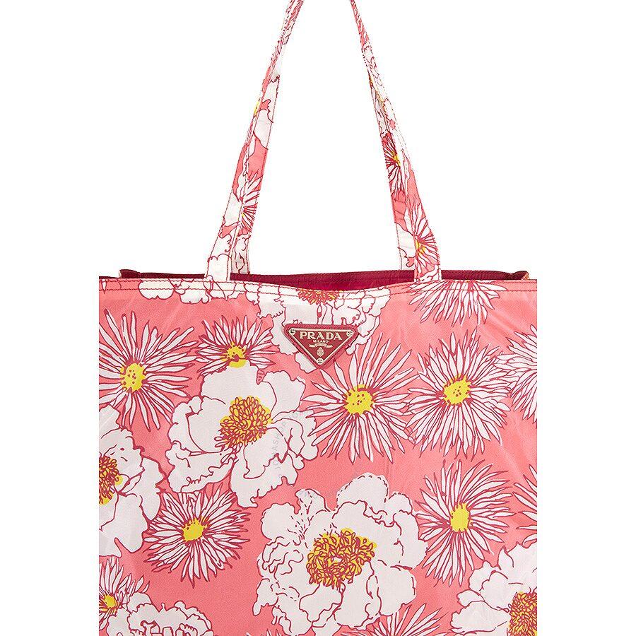 bccfa28d0011 ... ireland prada floral nylon tote rosa dis fio 4b892 b57a3 ...